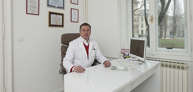 Dr. Gordan Crvenković