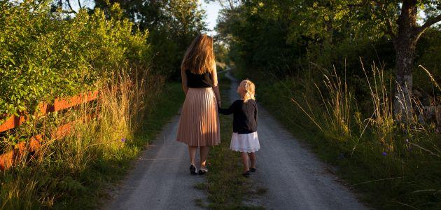 Svako deseto dijete u svijetu rodi tinejdžerica