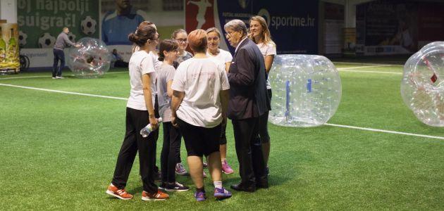 Bubble nogomet za djecu s autizmom