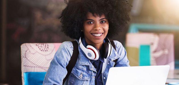 Stipendije studenticama koje studiraju u sektoru tehnologije