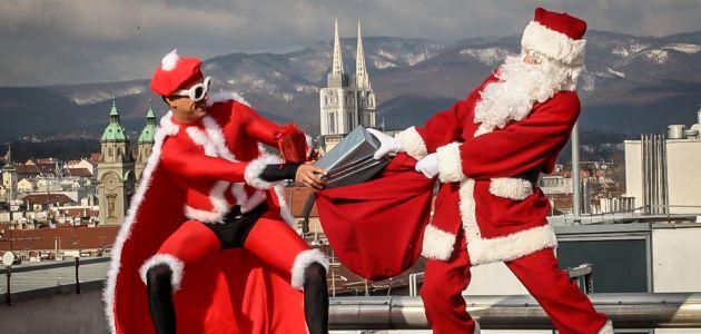 Mario Valentić u ulozi Djeda Mraza
