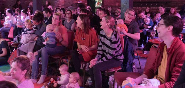 Dnevni stand-up show na koji možete doći s bebom!