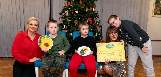 Unikatni tanjuri s crtežima djece iz Udruge za sindrom Down najbolji božićni poklon