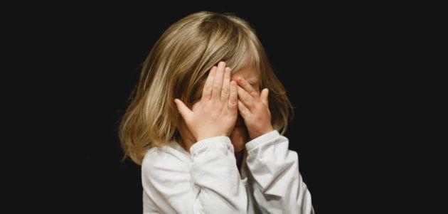 Dijete oponaša psovke – kako ga spriječiti?
