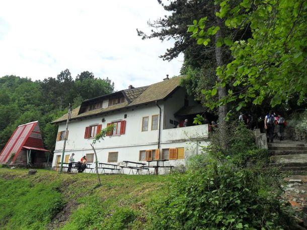 planinarski dom željezničar facebook