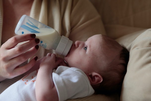 hranjenje i sisanje bebe