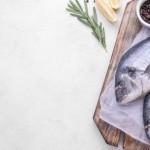 bijela riba s graskom i krumpirom