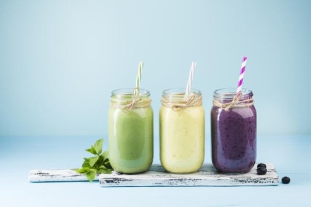 ljetni smoothie zdravi napitak