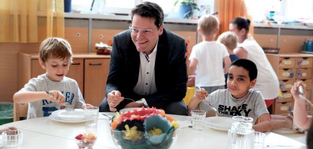 Bečki učenici jedu bio