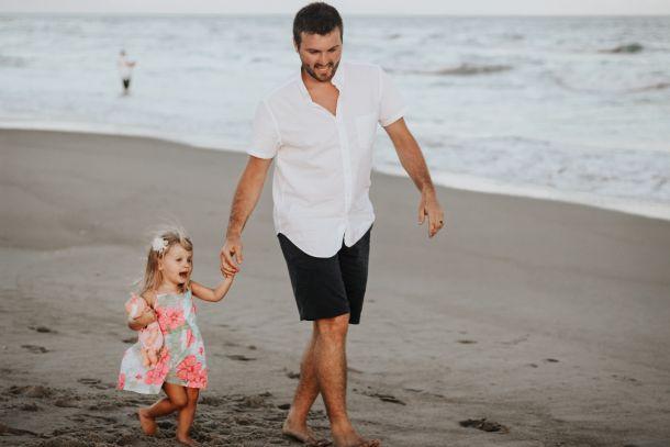 tata i djevojčica