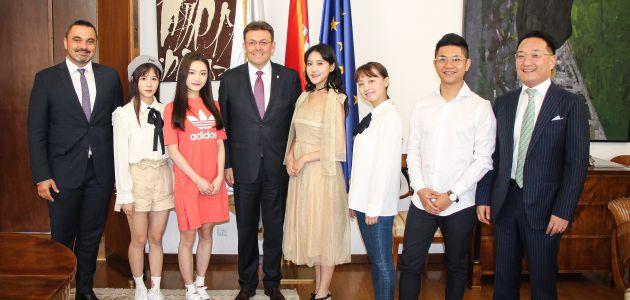 Najpoznatiji kineski pop sastav promovira Hrvatsku