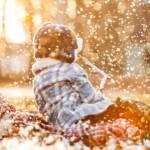 igra djeca zima s djecom