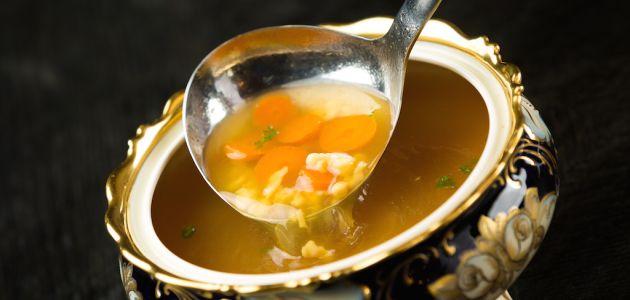 Kokošja juha prema domaćem receptu naših baka