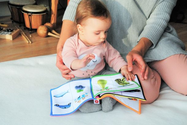 čitanje beba slikovnice