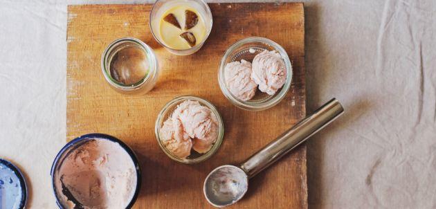 Sladoled od breskvi zdrava ledena poslastica