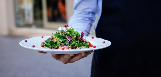 Ljetna dijeta uz zelenu salatu