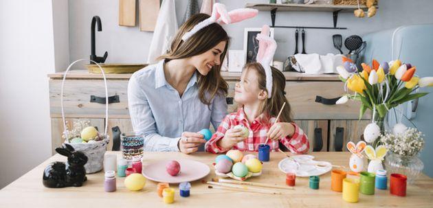 izradite dekoracije za uskrs s djetetom